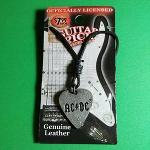 AC/DC OFFIC GUITAR PICK GEN LEATHER MUSIC NECKLACE